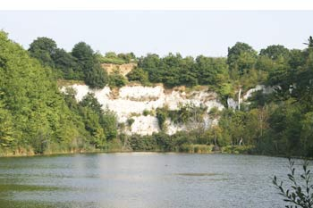 Chafford Gorges Nature Park Healthy Life Essex
