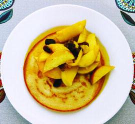 Gluten-free pancakes can be made with buckwheat flour, brown rice flour and various gluten-free flour mixes.